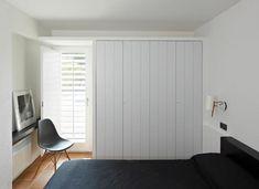 Spanish minimalism interior design with a beautiful fireplace Mediterranean Bedroom, Black White Bedrooms, Arch Interior, Space Architecture, Interior Design Studio, Luxury Apartments, Home Decor Inspiration, Tall Cabinet Storage, Furniture