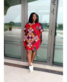 Here are some ankara gowns that will make you look awesome in every occasion. These ankara gowns are fascinating and will make you appear beautiful. Short African Dresses, Ankara Short Gown Styles, Ankara Gowns, Short Gowns, Latest African Fashion Dresses, Ankara Dress, African Print Dresses, Ankara Blouse, Dashiki Dress