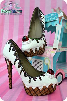 drippy icecream cupcake custom made heels shoes one of the kind, Pastel Goth, Fairy Kei, Kawaii,cute Unique Shoes, Cute Shoes, Me Too Shoes, Pastell Goth Outfits, High Heel Cupcakes, Ice Cream Cupcakes, Kawaii Shoes, Alternative Mode, Shoe Boots