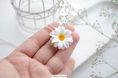 Single white daisy necklace (charm) on sterling silver chain. This tiny flower pendant could be a great summer gift Flower made of BAKED polymer clay, waterproof and not fragile Necklace length is inch) Sterling silver 925 Daisy Necklace, Floral Necklace, Necklace Charm, Polymer Clay Flowers, Polymer Clay Earrings, Floral Headbands, Tiny Flowers, Flower Pendant, Etsy