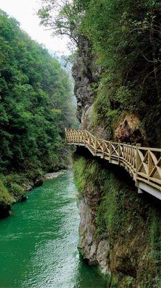 Nanjiang Grand Canyon, Kaiyang, Guizhou, China