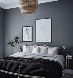 10 Dark bedroom walls – Candle Making Dark Gray Bedroom, Dark Bedroom Walls, Bedroom Wall Colors, Home Bedroom, Master Bedroom, Bedroom Decor, Best Color For Bedroom, Charcoal Bedroom, Dark Bedrooms