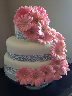 Pink gerbera daisy cake