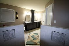 Ultra modern bathroom designs! Custom vanity cabinet! 🏡  #Bathroomremodeling #bathroomideas #bathroomdesign #remodel #cabinets #decor #smallbathroom #dreambathroom #design