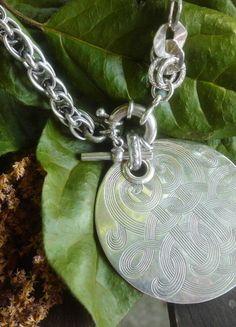 À vendre sur #vintedfrance ! http://www.vinted.fr/accessoires/colliers/25073188-gros-collier-gas-bijoux