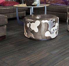 Laminat | Avenyen Gulv og Fargesenter Stirling, Dog Bowls, Ottoman, Flooring, Canning, Chair, Furniture, Sunlight, Home Decor