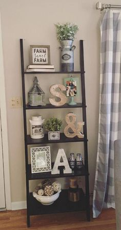 Farmhouse ladder shelf Farmhouse decor Farmhouse living room Farmhouse style Joanna Gaines style Rustic decor Rustic chic B Chic Living Room, Home Living Room, Apartment Living, Rustic Living Room Decor, Living Room Shelf Decor, Ladder Shelf Decor, Apartment Therapy, Rustic Apartment Decor, Rustic Chic Decor
