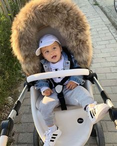 Cute Little Baby, Little Babies, Cute Babies, Baby Boy Fashion, Kids Fashion, Baby Boy Swag, Cute Baby Boy Outfits, Kind Mode, Baby Fever