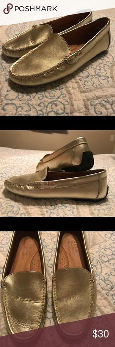 RALPH LAUREN Gold Metallic Loafers Shoes. Size 7B. LAUREN by RALPH LAUREN Gold Metallic Loafers Shoes. Size 7B. Excellent Condition. Only Used Once. Lauren Ralph Lauren Shoes Flats & Loafers