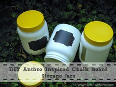 This tutorial takes you through how easy it is to make your own chalk paint.