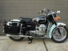 Image of 1972 Moto Guzzi Eldorado at Moto Borgotoro Moto Guzzi Motorcycles, Bsa Motorcycle, Cool Motorcycles, Vintage Motorcycles, Indian Dark Horse, Moto Guzzi California, European Motorcycles, Bmw Vintage, Guzzi V7
