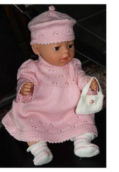 Strikke dukkeklær til Baby born