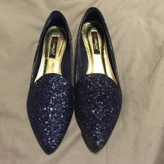 "NWOT ""Pick of the Glitter"" Modcloth Flats Navy blue glitter shoes from Modcloth, never worn. Size 6 ModCloth Shoes Flats & Loafers"