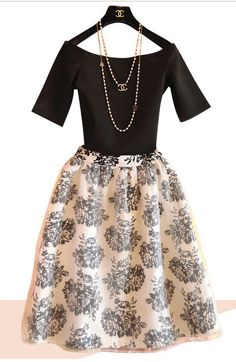 2014 New Fashion Vintage Elegant Evening Party Dress Spring Twinset Women Organza Ball Gowns Flora Pattern Vintage Summer Dresses, Spring Dresses, Dress Summer, Dress Vintage, Ball Dresses, Ball Gowns, Black And White Two Piece, Vintage Fashion 1950s, Vintage Style