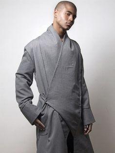 Men Kimono style Overcoat in grey by on Etsy - Stylehive Fashion Moda, Kimono Fashion, Look Fashion, Mens Fashion, Fashion Design, Fashion Trends, Fashion Tips, Male Kimono, Men's Kimono