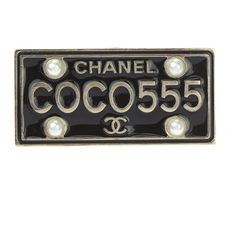 Pre-owned Chanel 17C Black Enamel Coco License Plate Pin Brooch ($595) ❤ liked on Polyvore featuring jewelry, brooches, letter jewelry, enamel jewelry, enamel brooches, pre owned jewelry and initial pins brooches