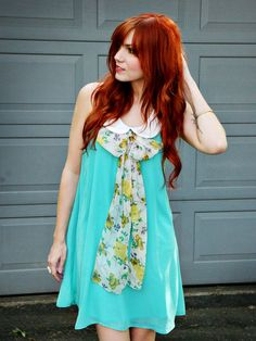 5 TIPS FOR KEEPING RED HAIR BRIGHT >>  http://www.abeautifulmess.com/2012/05/5-tips-for-keeping-red-hair-bright.html#