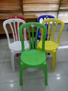 Selatan Jaya distributor barang plastik Surabaya: Kursi makan plastik warna bagus merk yanaplast