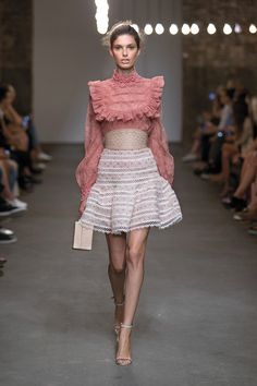 ZIMMERMANN Spring Ready-to-wear 2016 collection, Master and Mischief Runway Mischief Peony Lace Blouse, Mischief Rose Bud Skirt, Filigree Sandal, Filigree Corset, Compact Case women fashion