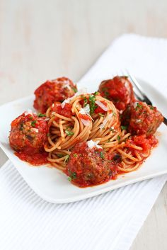 A family favorite!  Healthy Slow Cooker Spaghetti & Meatballs Recipe | cookincanuck.com #slowcooker #crockpot