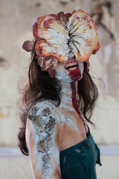 The Last of Us ~ Clicker Cosplay