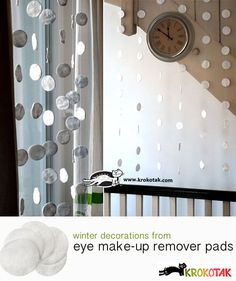 Snowflakes – snow curtain from eye make-up remover pads