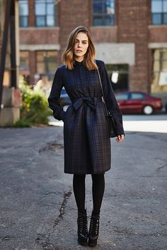 Mode 365 jours de looks: Maripier Morin - Louloumagazine.com #simons #maripiermorin #dsquared2 #dress