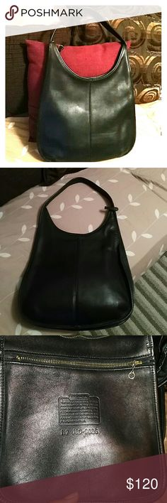 Vintage Coach hobo This vintage Coach hobo Soho collection is in great condition except for the bottom where you can see some wear. See picture. 12?9?2 Coach Bags Hobos