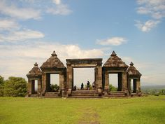 Candi Ratu Boko, the only ancient temple that has Buddha and Hindu fusion Sleman, D.I Yogyakarta, Indonesia Places To Travel, Places To See, East Indies, Pilgrimage, Historical Sites, Southeast Asia, Where To Go, Travel Photography, Beautiful Places