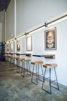 Galeria de Oop Coffee / PAA Arquitetura Comercial + Marina Garcia - 3 Decoration Restaurant, Deco Restaurant, Restaurant Concept, Cafe Shop Design, Cafe Concept, Restaurant Interior Design, Coffee Design, Shop Interiors, Home Decor Furniture