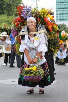 """This weekende the Flower Festival """"Feria de las Flores"""" starts in Medellín. Visit the City, observe the stunning flower parades and witness how Medellín blossoms up! Colombian People, Colombian Culture, We Are The World, People Around The World, Wonders Of The World, Beautiful Places To Visit, Beautiful World, Beautiful People, Colombia South America"""