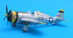 1/72 Tamiya P-47D Thunderbolt Razorback by Eric Bade