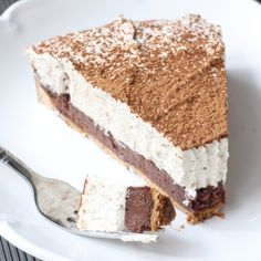 Coming from an Italian heritage, I was raised to love all Italian delicacies. Growing up, Tiramisu had to be one of my favorite Italian desserts! No Bake Desserts, Just Desserts, Delicious Desserts, Dessert Recipes, Yummy Food, Italian Desserts, Dessert Tarts, Tart Recipes, Sweet Recipes