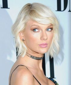 20 Best Taylor Swift Hairstyles to Try On – Latest Hairstyles … – Damask … - Best New Hair Styles Cool Easy Hairstyles, Latest Hairstyles, Celebrity Hairstyles, Bob Hairstyles, School Hairstyles, Braided Hairstyles, Style Taylor Swift, Taylor Alison Swift, Red Taylor