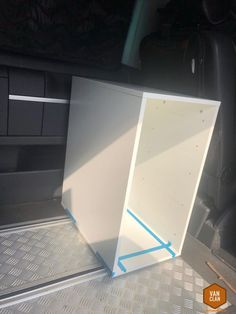 Mobile kitchen block in the rail system of the VW Bus / based on Ikea Alex Ikea Alex, Vw Bus T5, Beach Camper, T Bolt, Cooler Box, Camper Hacks, Side Wall, Dashcam, Van Life