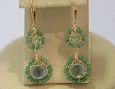 these earrings are so ornate, and just really pretty