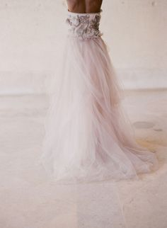 blush tulle vera wang gown, photography by Elizabeth Messina
