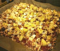 Terveellisempi pizzapohja kaurahiutaleista Hawaiian Pizza, Macaroni And Cheese, Vegetarian Recipes, Tasty, Vegan, Ethnic Recipes, Ideas, Mac And Cheese, Vegetarische Rezepte