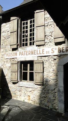 Maison Paternelle de Ste Bernadette.