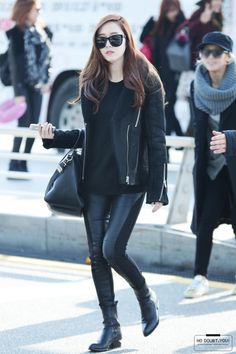 Jessica Jung's Airport Fashion