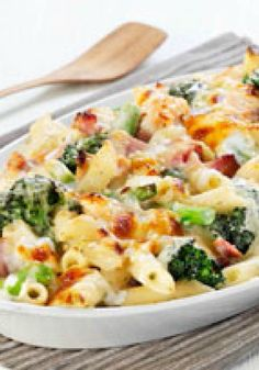 Bring together broccoli and ham in this Cheesy Ham & Broccoli Pasta Bake. We predict this ham and broccoli pasta bake will become a new family favorite. Broccoli Pasta Bake, Ham Pasta, Pasta Casserole, Pasta Dishes, Casserole Recipes, Pasta With Ham, Baked Pasta Recipes, Ham Recipes, Kraft Recipes