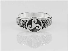 Sterling Silver Celtic Triskele & Knotwork Ring