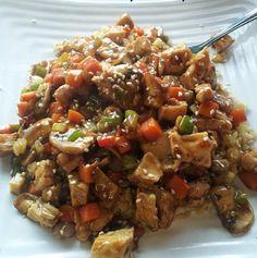 TEN RECIPES BY TOM VENUTO Muscle-Making Chicken Teriyaki Stir-Fry</center>