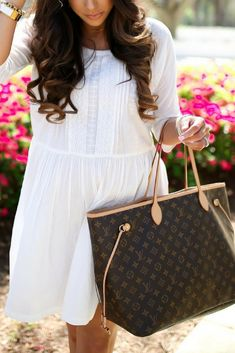Perfect white dress for summer and spring days! #spring #whitedress #louisvuitton #neverfull #leatherbag #longhair #summerdreds #mules Emily Ann Gemma, The Sweetest Thing Blog #EmilyGemma #TheSweetestThingBlog