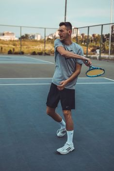 The Latest Tennis News From Around The World - tennisthump.com Tennis Gear, Play Tennis, Physical Fitness, Yoga Fitness, Fitness Exercises, Workout Fitness, Mens Fitness, Lagree Fitness, Ballet Fitness