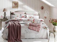 Günaydın, mutlu sabahlar herkese...  Böyle bir yatak odası hayal etmeyin,Buyaka English Home'a gelin!