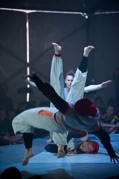 Java Dance Company. Down Beneath Below 2013. Photographer Stephen A'Court. Dancers Lauren Carr, Isabelle Nelson, Michael Gudgeon, Sam Wang