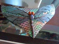 Polymer clay tutorial - how to make a gorgeous dragonfly necklace out of...