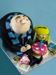 Despicable me birthday cake