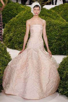 Dior Haute Couture SS 2013 – Vườn hoa cổ tích   Báo điện tử Kiến thức